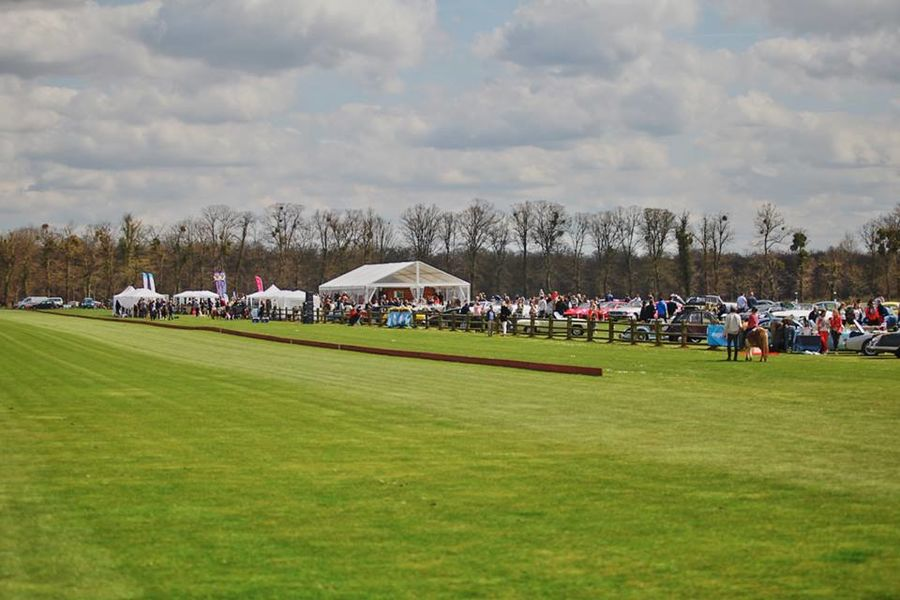 Polo Club de Chantilly - Tente de cristal 1