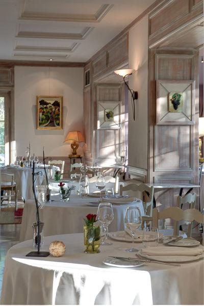 Auberge de noves hotel - Restaurant (2)