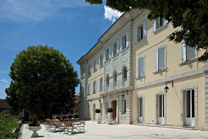 Domaine du Chateau de Taulane - Batîsse & Extérieur (7)