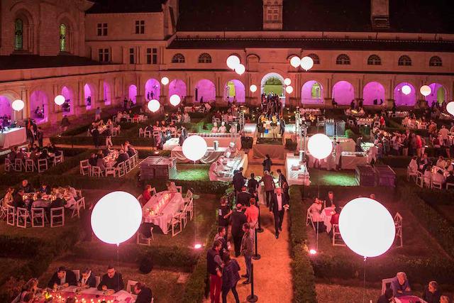 Abbaye Royale de Fontevraud - Réception dans le cloître