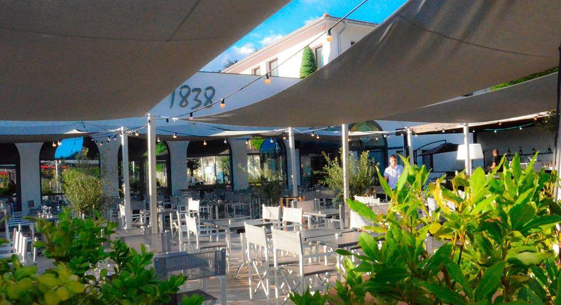 Espace de Reception Restaurant Le 1838 - Terrasse (2)