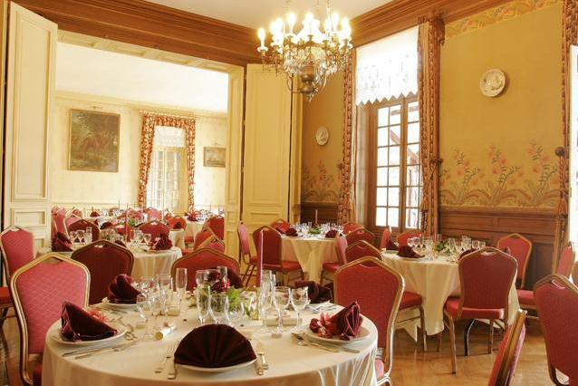 Château de Montbraye - Les salons de réception