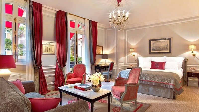 Hotel Plaza Athenee Paris - Junior Suite