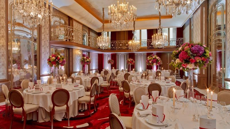 Hotel Plaza Athenee Paris - Salon Haute Couture
