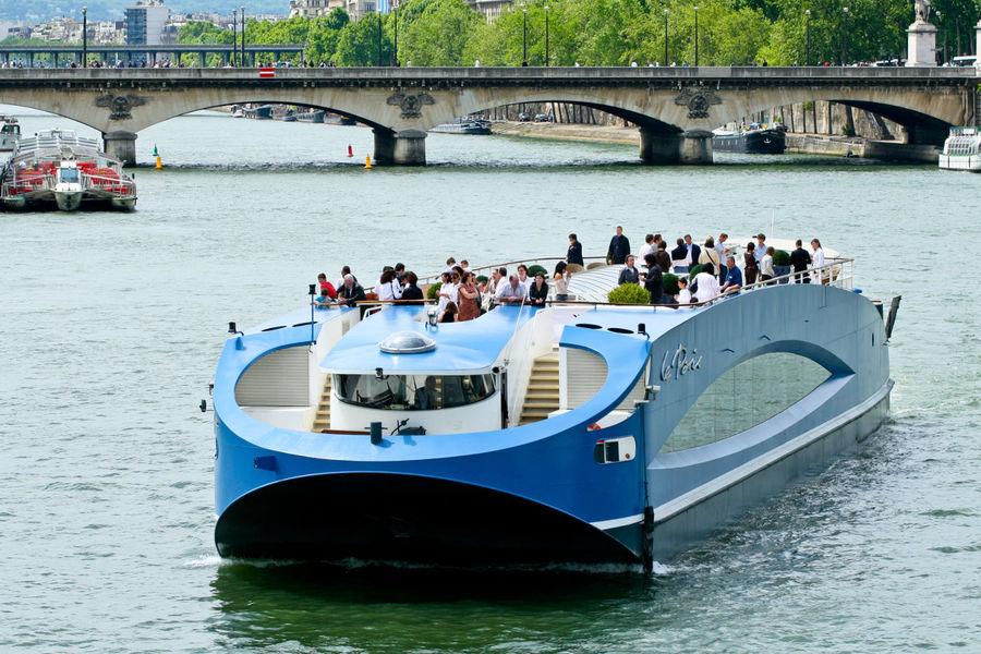 bateau le paris