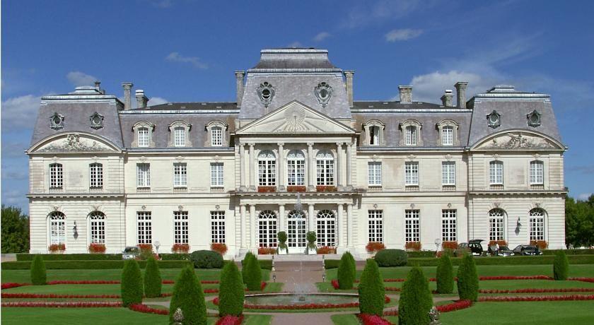 Château d'Artigny - Extérieur