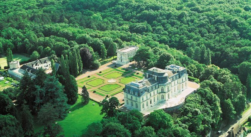 Château d'Artigny - Vue aérienne