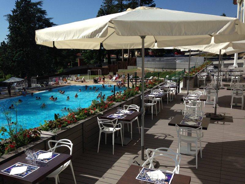 Casino Partouche de Saint Galmier Le Lion Blanc - La Terrasse (2)