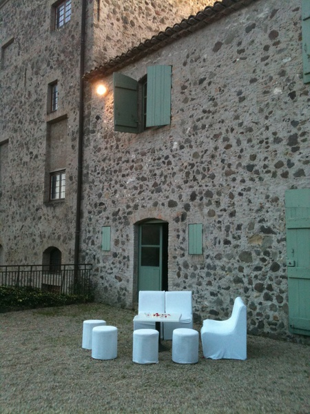 Chateau de Vaugrenier - Terrasse Fumeur (1)