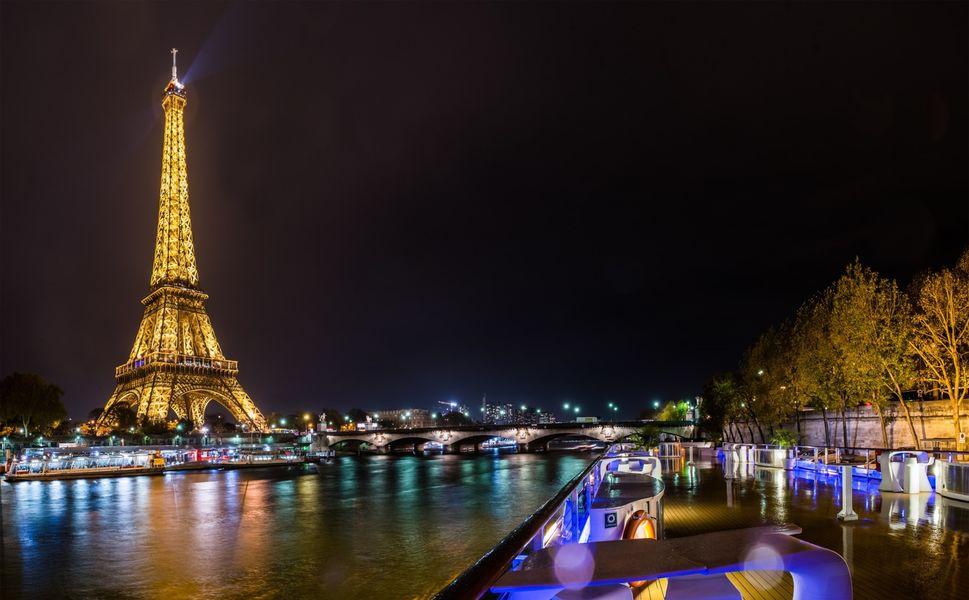 Yacht Diamant Bleu - Terrasse de nuit 3