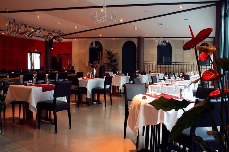 Domaine des Thômeaux - Salle de restaurant 1