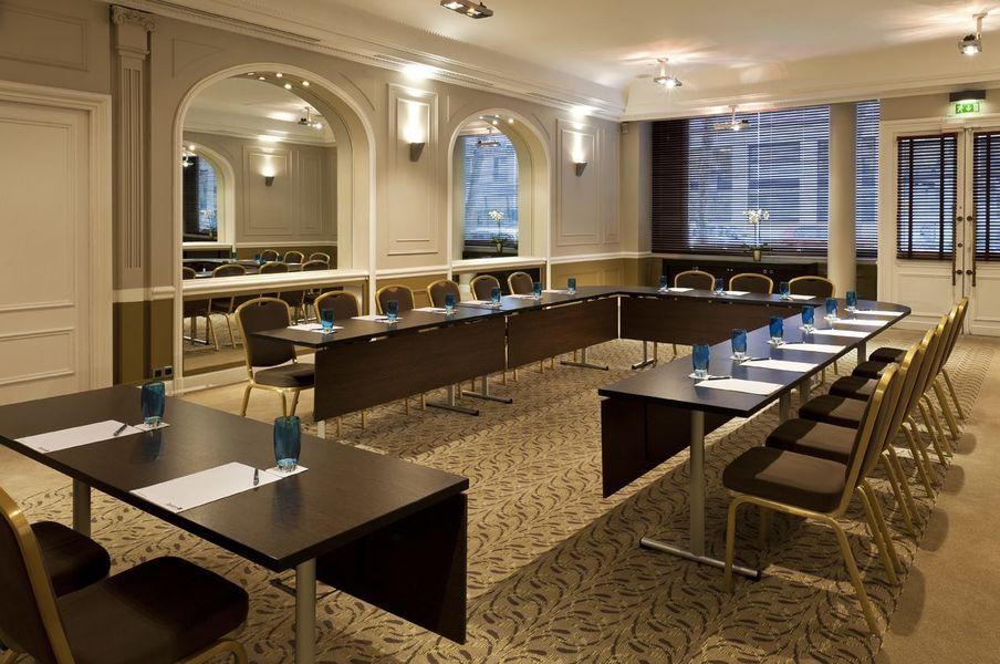 Paris Marriott Opera Ambassador Hotel ****- Salle Drouot