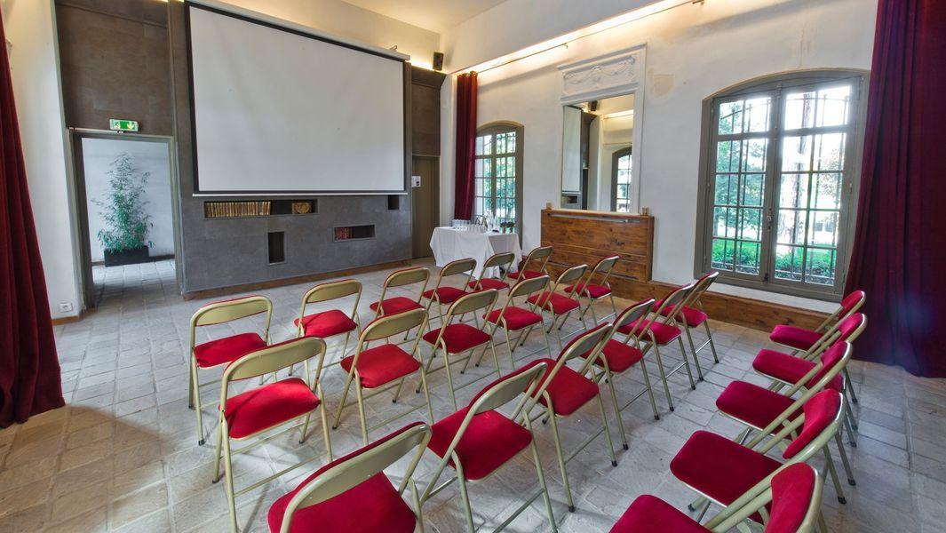 Les Jardins de Bagatelle - Salon des Gardes en disposition conférence
