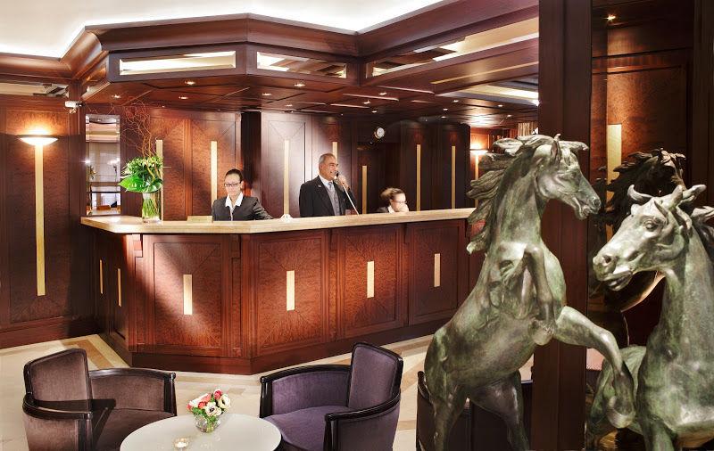 Hôtel Splendid Etoile - Réception