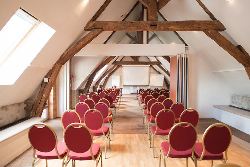 Abbaye du Golf - La salle Albatros   Swing