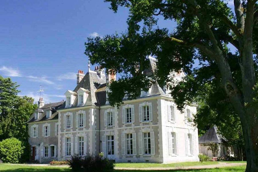 Château du Breuil - Vue extérieure 2