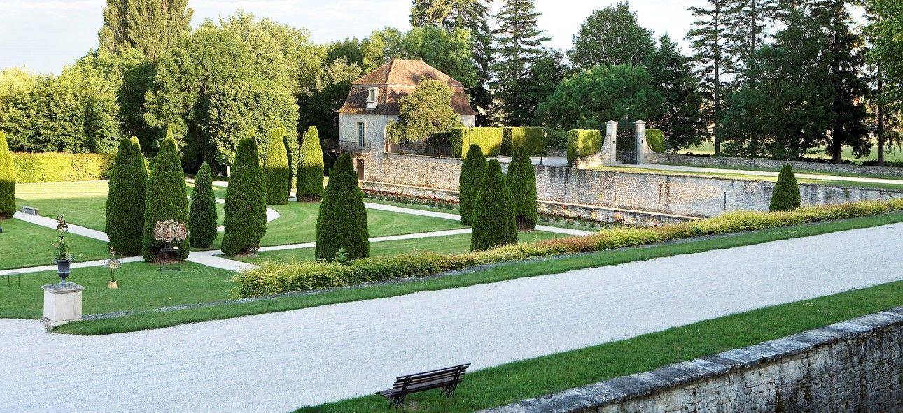 Château de Gilly - Jardins à la française 2