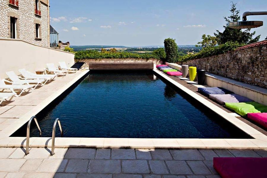 Domaine de la Corniche - La piscine