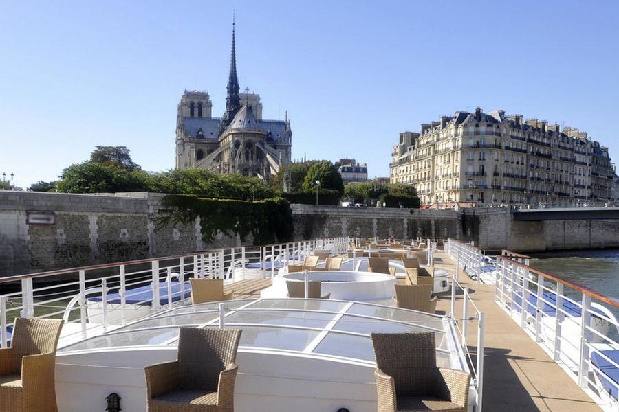 Yachts de Paris Paquebot - Pont supérieur 1