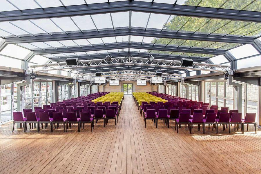 Les Salons Nework - Verrière Format théâtre 1