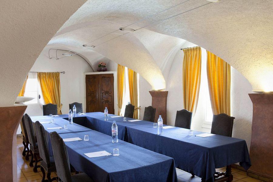 Hostellerie Berard Spa - Salle de réunion (5)
