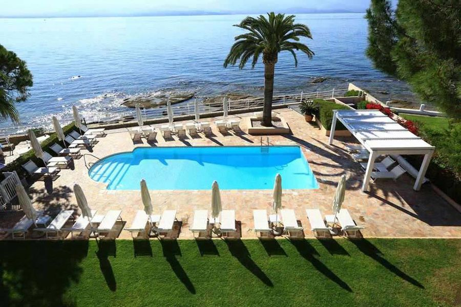 Hôtel Demeure Les Mouettes - La piscine
