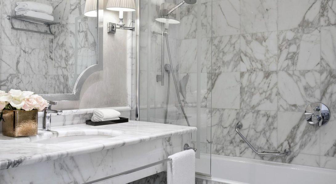 Castille Hôtel Paris -  Salle de bain