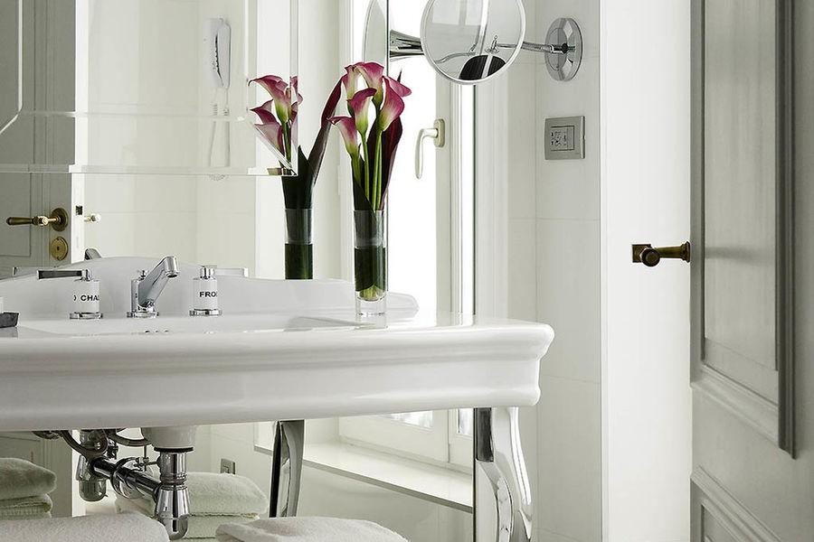Hôtel Baltimore Paris Champs Elysées MGallery Collection - Salle de bain
