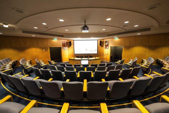 Salle séminaire  - Centre de Conférence Edouard VII