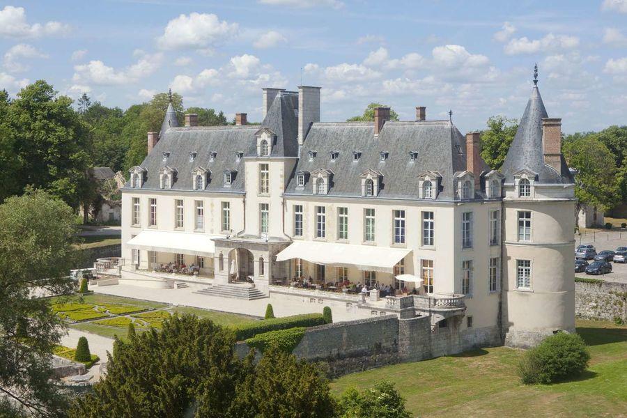 Château d'Augerville - Vue extérieure 2