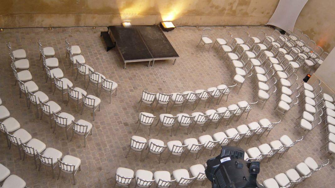 Cour du Marais - La cour pavée 3