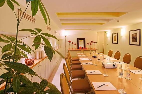Hôtel Le Six - Salle Sixtine en configuration réunion