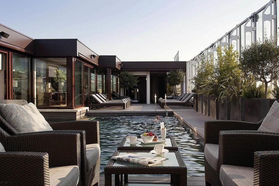 Pullman Montpellier Centre - Piscine sur le toit terrasse 1