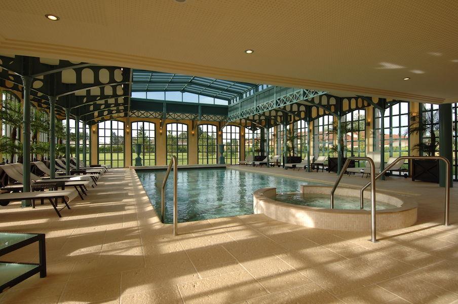 Georges Blanc - La piscine de l'Orangerie