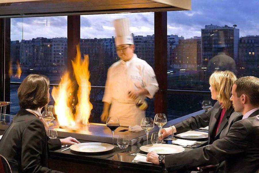 Novotel Paris Centre Tour Eiffel - Restaurant japonais