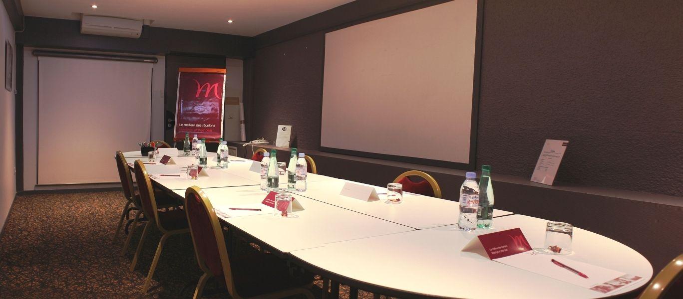 Mercure Paris Paris 15 Porte de Versailles **** - Salle Croix Nivert en disposition réunion