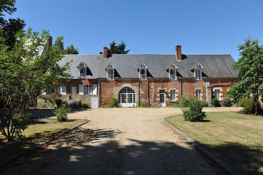Château du Vaux -  Facade avant 2