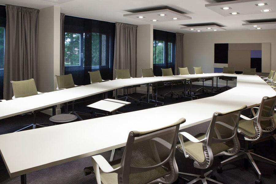 Novotel Fontainebleau Ury - Salle séminaire
