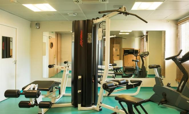 BEST WESTERN Hotel Paris SaintQuentin - Salle de fitness
