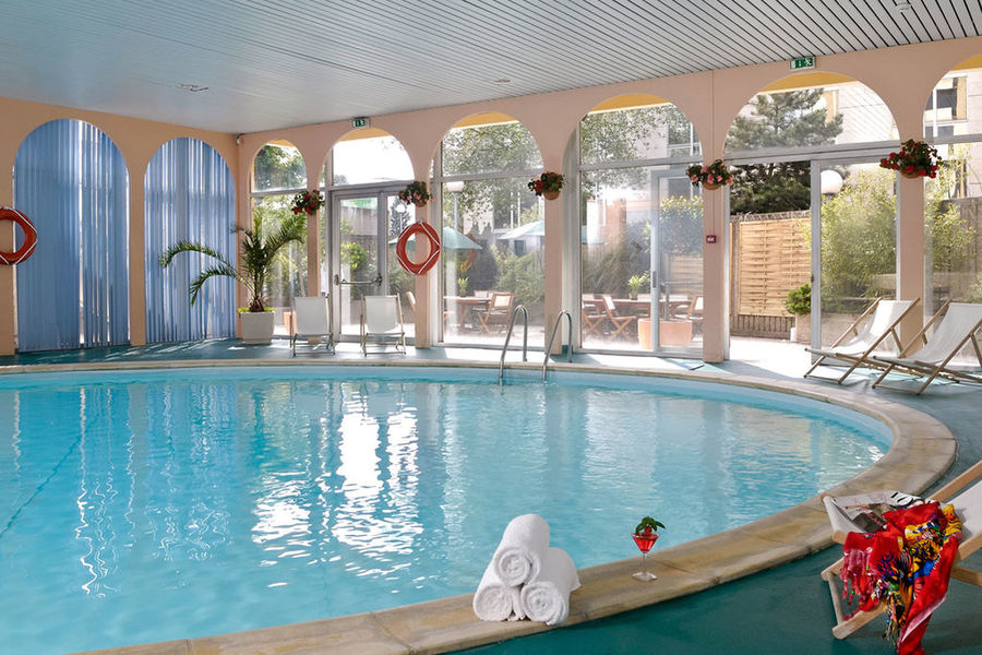 Hôtel Mercure Paris Velizy - Piscine
