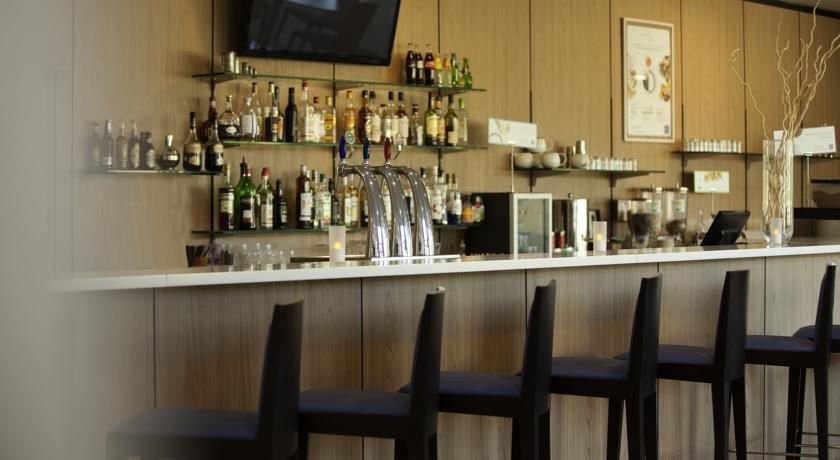 Novotel Senart Golf De Greenparc - Bar