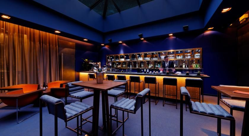 1 K Hôtel - Bar