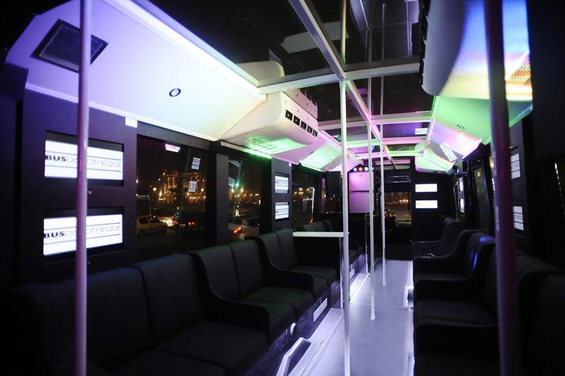 Les Bus Discothèque - Intérieur 80