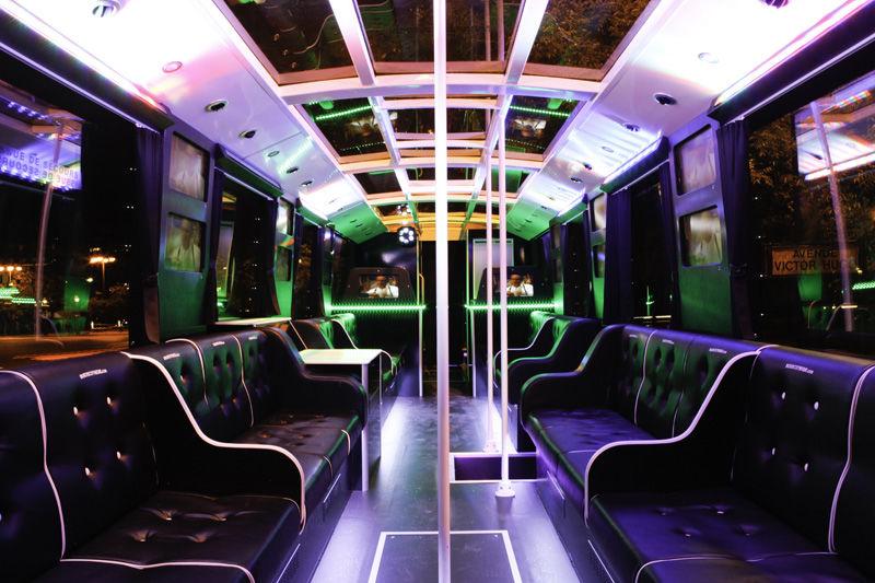 Les Bus Discothèque - Intérieur 88