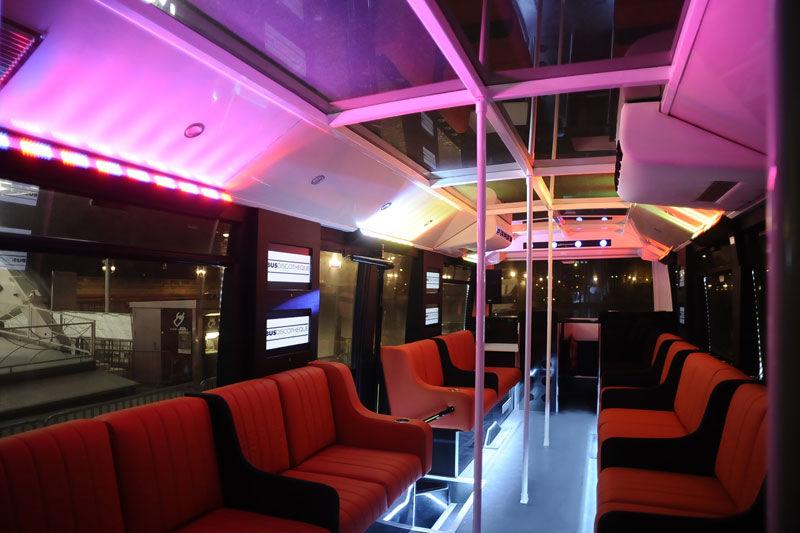 Les Bus Discothèque - Intérieur 99