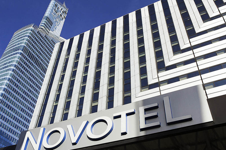 Novotel Paris la Defense - Facade
