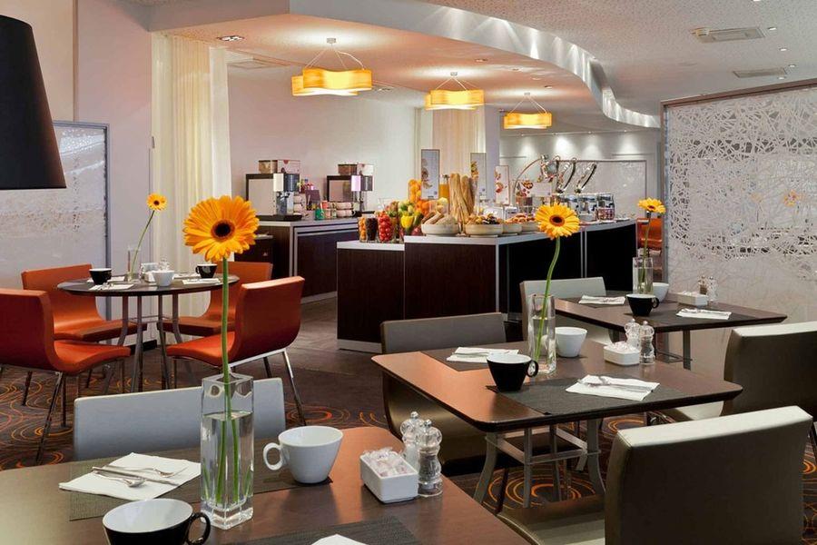 Novotel Paris la Defense - Salle de restaurant