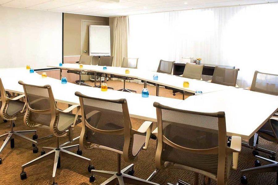 Novotel Paris la Defense - Salle de réunion