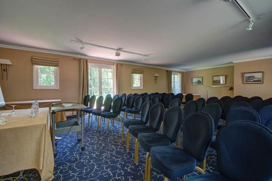 Najeti Hôtel Château Cléry *** - La Fermette
