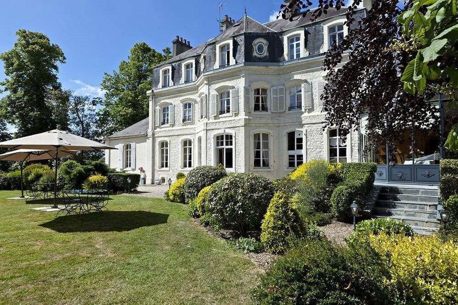 Najeti Hôtel Château Cléry *** - Extérieur 2